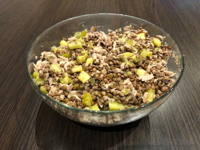 posiłek węglowodanowo-białkowy, soczewica zielona z tuńczykiem i ogórkiem kiszonym, dieta mm, pierwsza faza